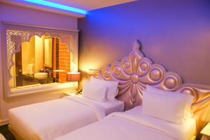 Superior Twin Room with Spa Bath