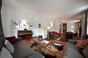 Cresta Et Duc Hotel