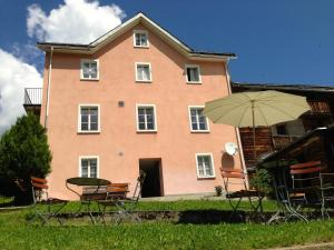 Hotel Alpina, Hotels  Lumbrein - big - 14