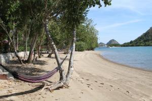Waecicu Beach Inn, Guest houses  Labuan Bajo - big - 29