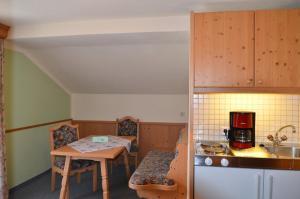 Adlerhof, Apartmány  Leutasch - big - 12