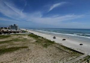 Hampton Inn Daytona Beach/Beachfront, Отели  Дейтона-Бич - big - 9