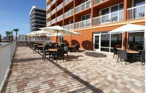Hampton Inn Daytona Beach/Beachfront, Отели  Дейтона-Бич - big - 17