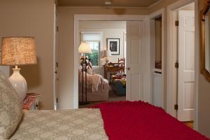 King Room Nauset Suite