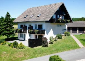 Ferienhaus Helga - Apartment - Winterberg