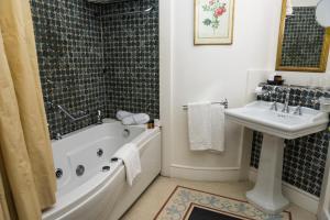Hotel Terranobile Metaresort, Hotely  Bari - big - 8