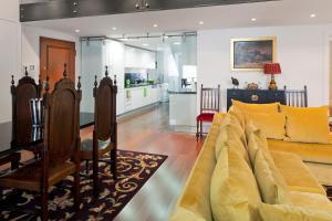 Lisbon Rentals Chiado, Apartments  Lisbon - big - 104