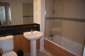 Gasworks - Luxury Apartments, Apartmanok  Dublin - big - 12