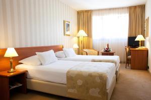 Hotel Globo, Отели  Сплит - big - 28