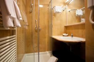 Hotel Globo, Отели  Сплит - big - 24