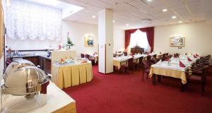 Hotel Globo, Отели  Сплит - big - 37