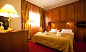 Hotel Globo, Отели  Сплит - big - 10