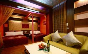 Sun Moon Lake Honeymoon Hotel, Szállodák  Jücsi - big - 6