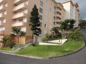 Lido/Funchal Tourist Two Bedroom Apartment, Apartmány  Funchal - big - 30