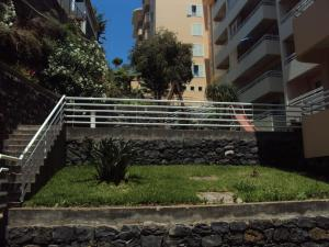 Lido/Funchal Tourist Two Bedroom Apartment, Apartmány  Funchal - big - 29