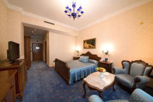 Grand Hotel London, Отели  Варна - big - 11