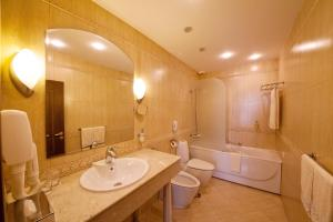 Grand Hotel London, Отели  Варна - big - 21