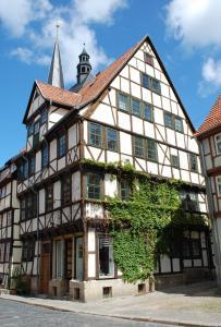 Ferienwohnungen Marktstrasse 15, Apartmány  Quedlinburg - big - 8