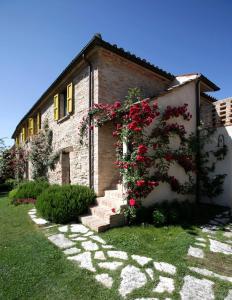 Urbino Resort, Country houses  Urbino - big - 1