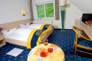 Seehotel OFF, Hotels  Meersburg - big - 5