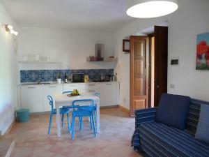Residence Salina - Acquarela, Apartmanok  Malfa - big - 20