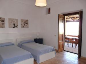 Residence Salina - Acquarela, Apartmanok  Malfa - big - 7