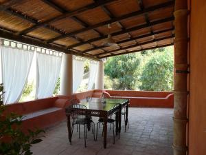 Residence Salina - Acquarela, Apartmanok  Malfa - big - 3