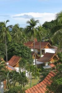 Villa with Partial Sea View