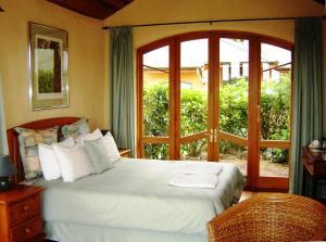 Earthsong Lodge, Turistaházak  Tryphena - big - 3