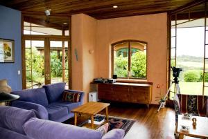 Earthsong Lodge, Chaty v prírode  Tryphena - big - 11