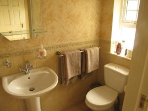 Riverside Lodge B&B, Bed and Breakfasts  Carlingford - big - 4