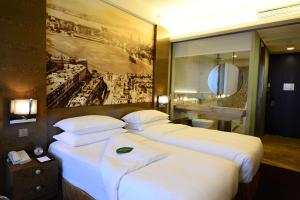 Superior King or Twin Room with Harbour View