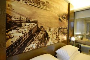 Grand Deluxe King or Twin Room with Harbour View