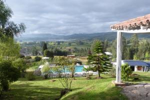 Miravalle Suites, Inns  Paipa - big - 26