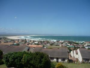 A1 Kynaston Accommodation, Bed and Breakfasts  Jeffreys Bay - big - 8