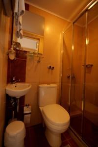 Mirabello Hotel, Hotels  Iraklio - big - 8