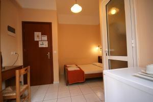 Mirabello Hotel, Hotels  Iraklio - big - 20
