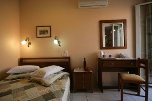 Mirabello Hotel, Hotels  Iraklio - big - 31