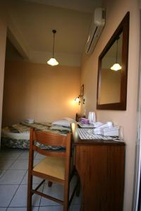 Mirabello Hotel, Hotels  Iraklio - big - 7