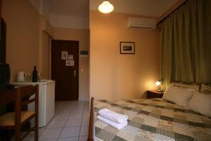 Mirabello Hotel, Hotels  Iraklio - big - 36