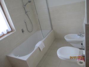 Residence Clara, Apartmánové hotely  San Vigilio Di Marebbe - big - 14