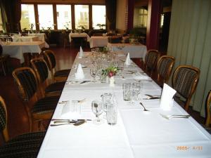 Hotel Restaurant Braas, Szállodák  Eschdorf - big - 26