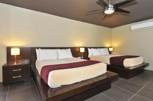 Queen Suite with Two Queen Beds- Men Only