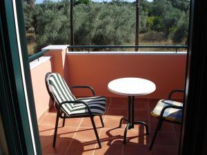 Ionian Breeze Studios, Apartments  Lefkada Town - big - 94