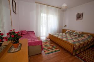 Apartments Gloria, Apartmány  Crikvenica - big - 17