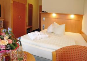Hotel Königshof, Hotel  Garmisch-Partenkirchen - big - 2