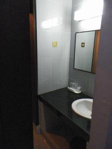 Hotel Prima, Хостелы  Макасар - big - 5