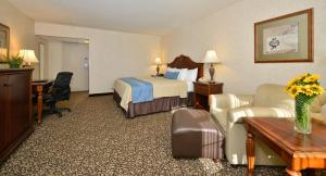 Best Western Plus Steeplegate Inn, Hotels  Davenport - big - 5