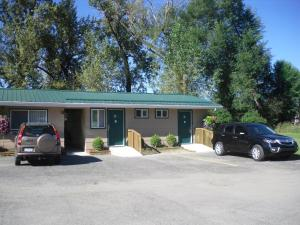 Johnny's Motel, Motels  Grand Forks - big - 27