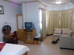Chittavanh Hotel, Hotel  Muang Phônsavan - big - 4